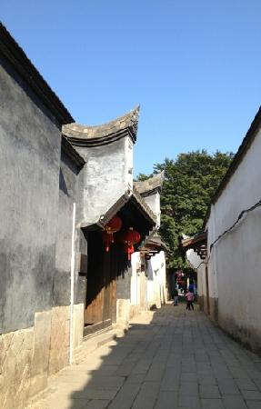 Architectural buildings of Sanfang Qixiang and Zhuzi Workshop: 闽南建筑