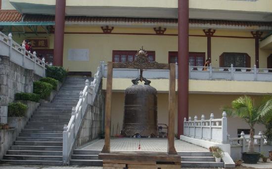 Hongfa Temple: 弘法寺