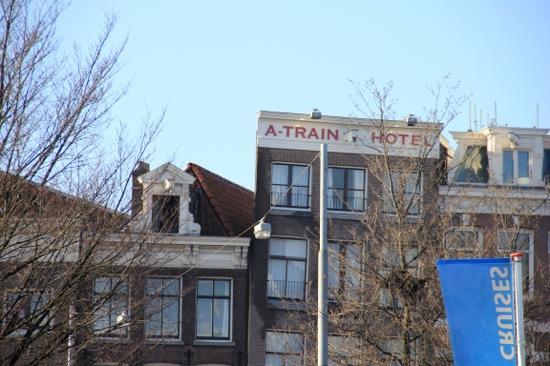 A-Train Hotel: very good