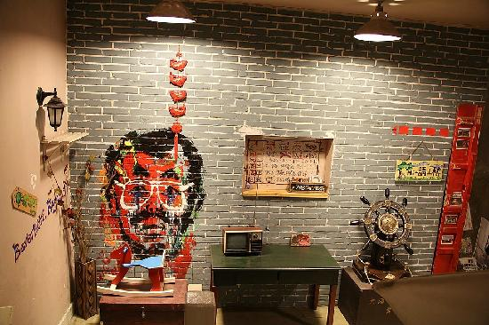 Haimingwei International Business Hotel Qingdao Ningxia Road: 楼梯间的装饰