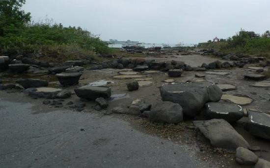 Qiannian Ancient Saltworks: 千年古盐田