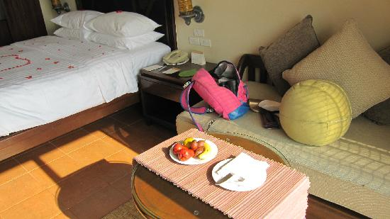 Movenpick Resort & Spa Karon Beach Phuket: 海景房卧室