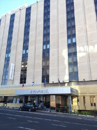 Novotel Lisboa: big hotel