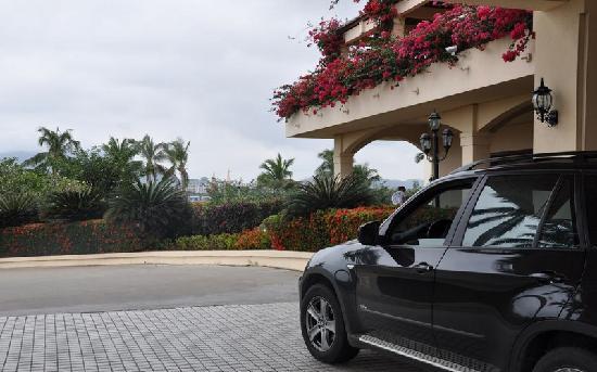 Resort Golden Palm: 充满波罗的海风格的金棕榈大门一角