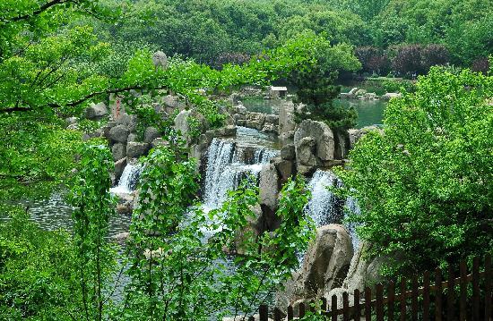 Baima Jian Longchi Scenic Spot : 白马涧