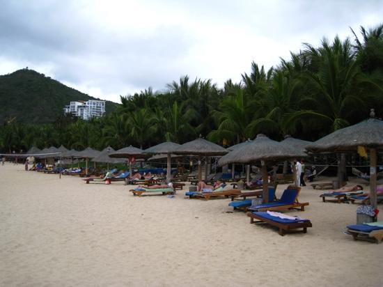Serenity Coast Resort Sanya: 酒店后面
