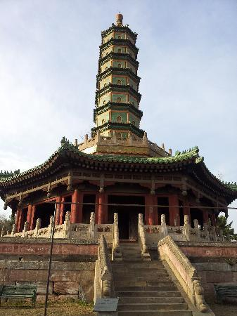 Xumi Fushou Temple : 宝塔