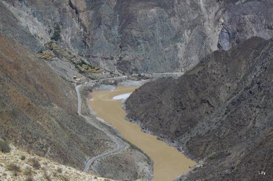 Jinsha River: …