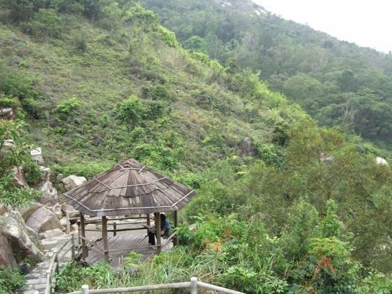 Zhuahai Sandie Spring: 三叠泉