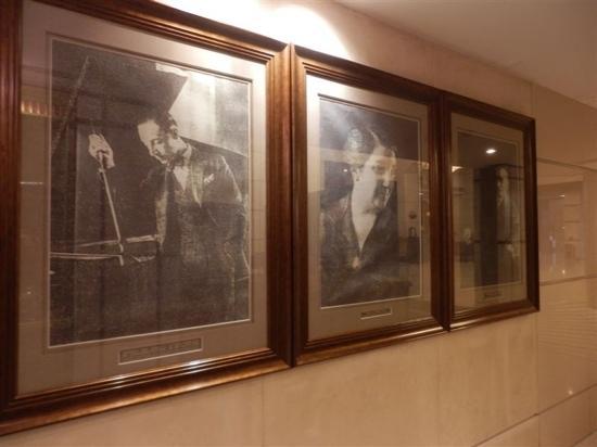 Modern Hotel: 酒店内挂的马迭尔创建人的照片
