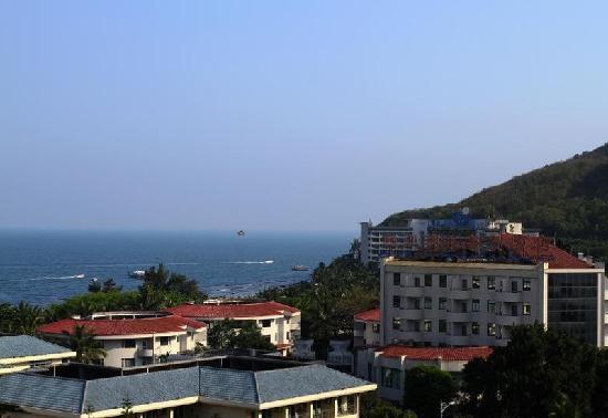 Serenity Coast Resort Sanya: 半岛酒店超大露台远眺大东海湾