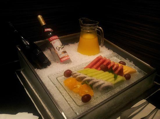 Hoilday Inn Shanghai Hongqiao West: 上海西郊假日酒店酒廊食物