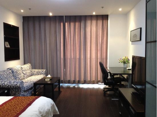 Mingjie Apartment Hotel Dalian Bainianhui: 精品大床房,床宽1.8*2米