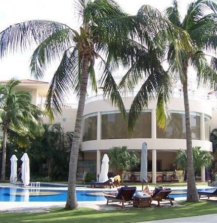 Resort Golden Palm: 环境