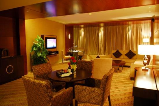 InterContinental Hangzhou: 豪华套房客厅