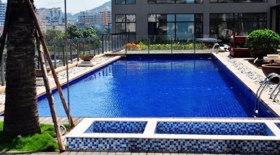 Le Parker International Hotel: 泳池