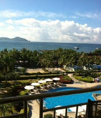 Landscape Beach Hotel Sanya: 窗外