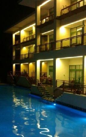 Tian Hong Resort: 夜景