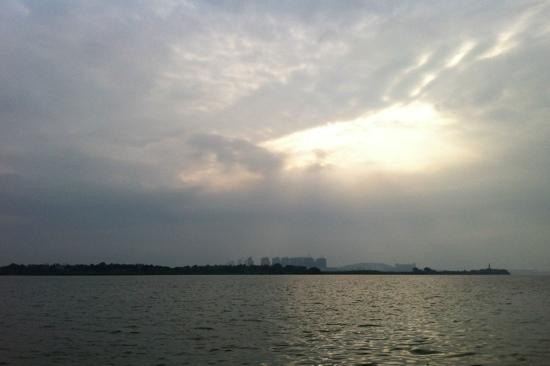 Tangxun Lake