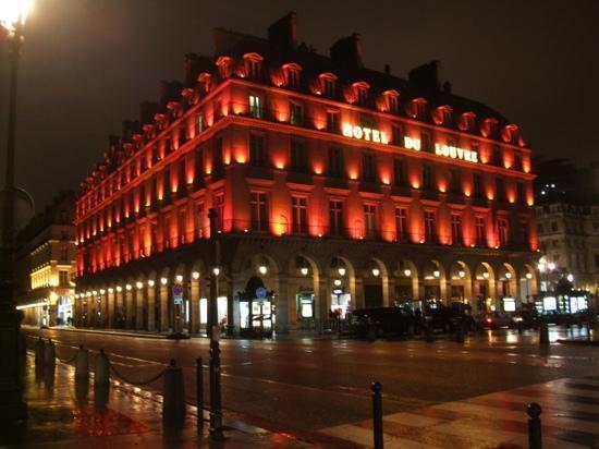 Hotel de la Place du Louvre: 卢浮宫酒店