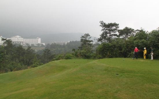 Jiabao Tian Golf Country Club: 嘉宝田高尔夫乡村俱乐部