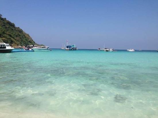Phuket 346: sea