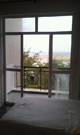 Jinjiang Hot Spring Hotel: 可以看见玉带滩