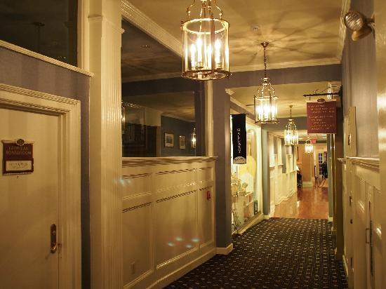 Hotel Viking: 廊道