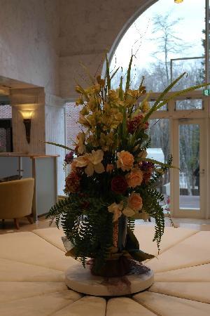 Fujisan garden hotel: 大堂花束