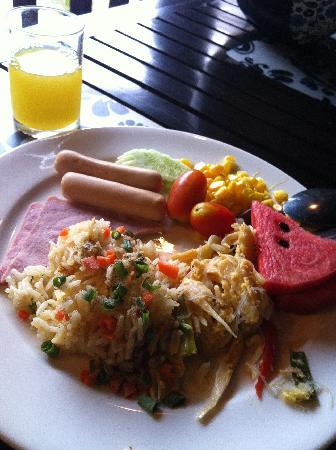 เรนฟอเรสท์ บูติค โฮเต็ล: 无与伦比的早餐自助