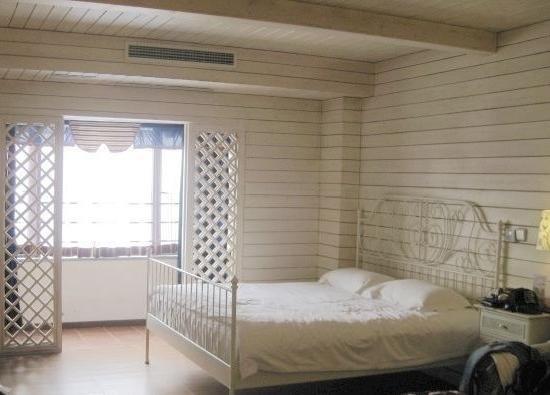 Minglu Hotel : 房间