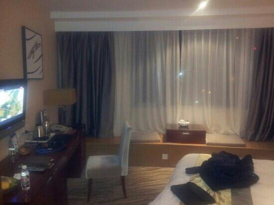 Xiamen Airlines Quanzhou Hotel: 豪华大床房