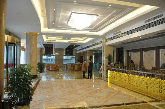 Lotus Resort: dating