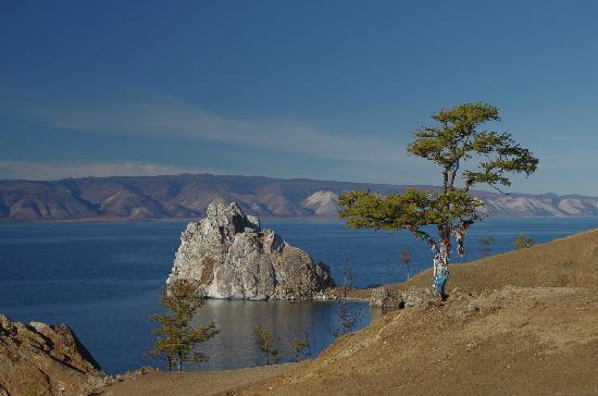 Khuzhir, Russia: 萨满岩