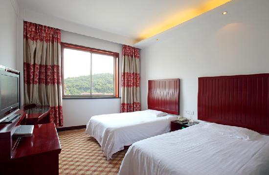 Xiangbaohu Hotel : 时尚标间