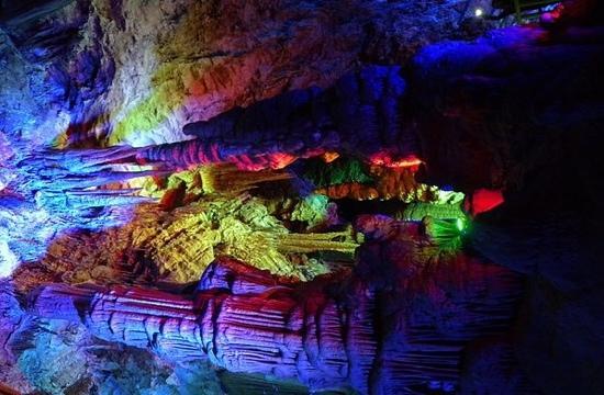 Yinhu Karst Cave