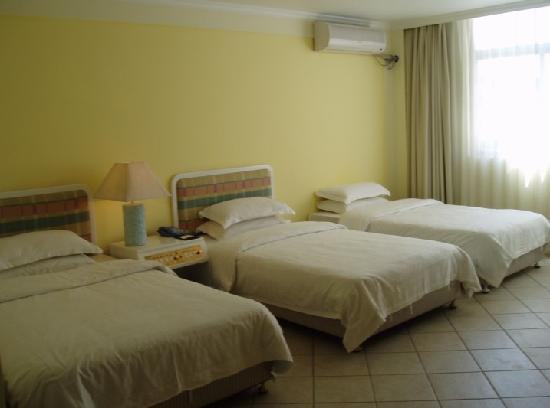 Guanlai Business Hotel: 豪华三人间
