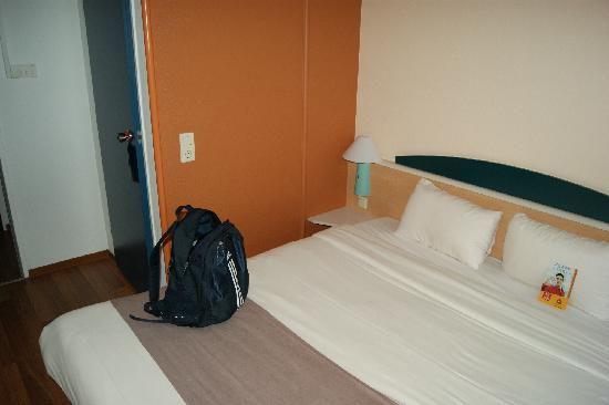 Ibis Mainz City: 床