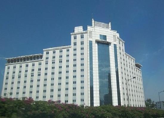 Donlord International Hotel : 外观