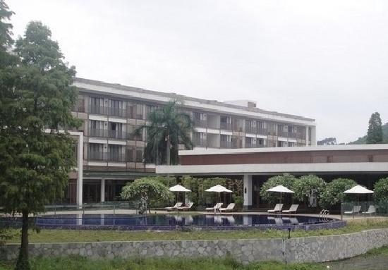 Baiyun Lake Bank Hotel : 外观
