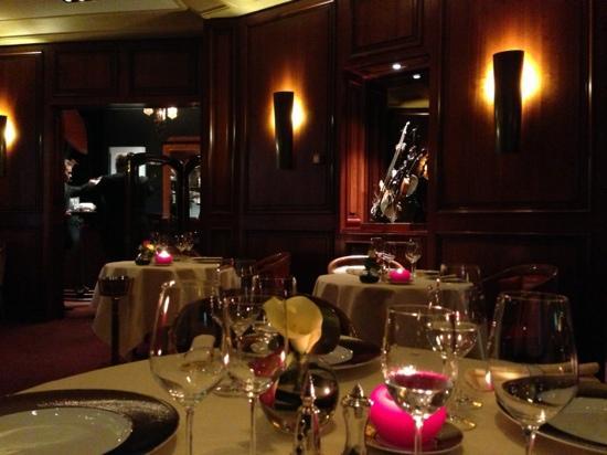 Cassolette de homard photo de maison rostang paris for Restaurant michel rostang