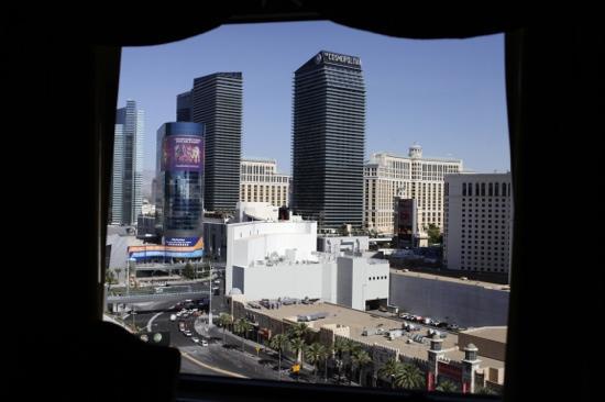 Las Vegas Marriott: window