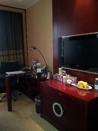 Celebrity Ruicheng Hotel: 各种食品准备