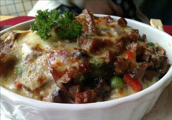 Olive Inn: 卤肉焗饭