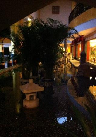 Grand Trustel Mandarin Garden: 状元楼