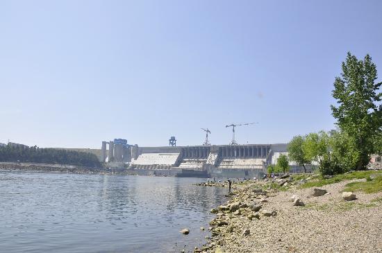 Danjiang Dam: 大坝