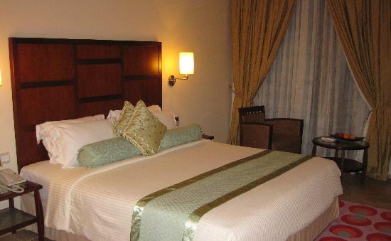 Hulhule Island Hotel: 房间