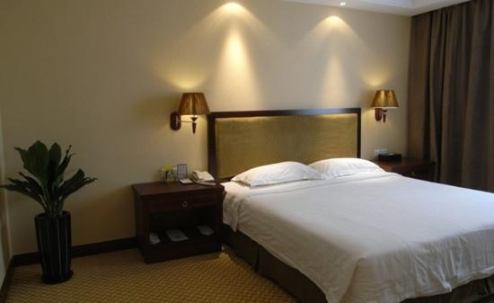 Jialong Sunny hotel : 房间