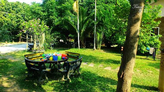 Gongkaew Chiangmai Home: 早餐区