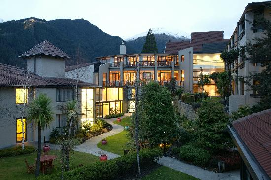 Copthorne Hotel and Resort Queenstown Lakefront: 外观
